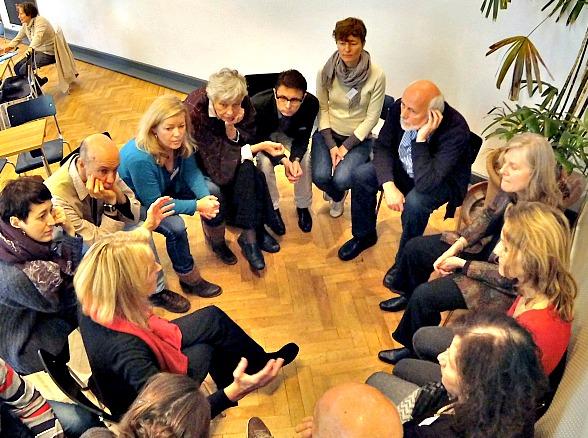 emerge bewusstseinskultur, Dialog, Aufstellung