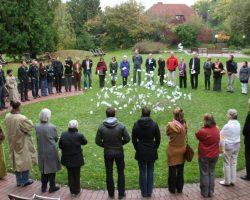MK HAK 2010 circle & art crop